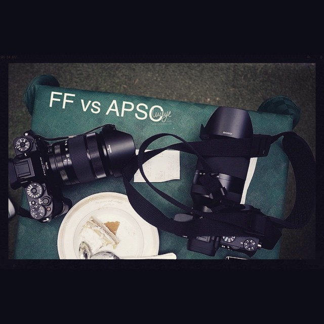Fuji X-T1 with XF18-135mm vs Sony A7II with FE24-240mm
